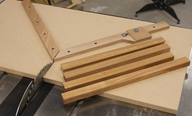 7 Detailed Wood Projects For Beginners