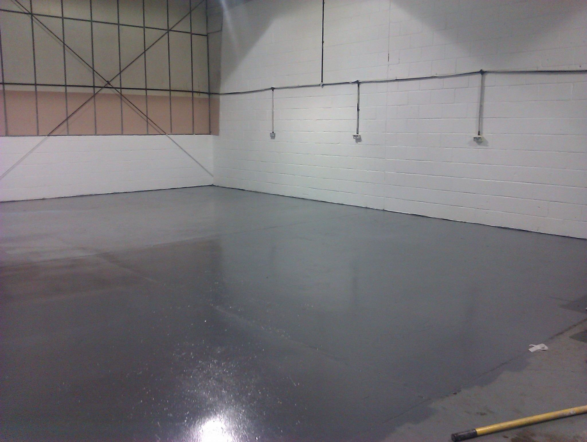 Best Resources To Design The Best Workshop Plans - Best flooring to cover concrete