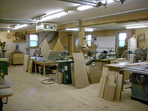 How to find a good woodworking shop rental fast for Woodshop layout software